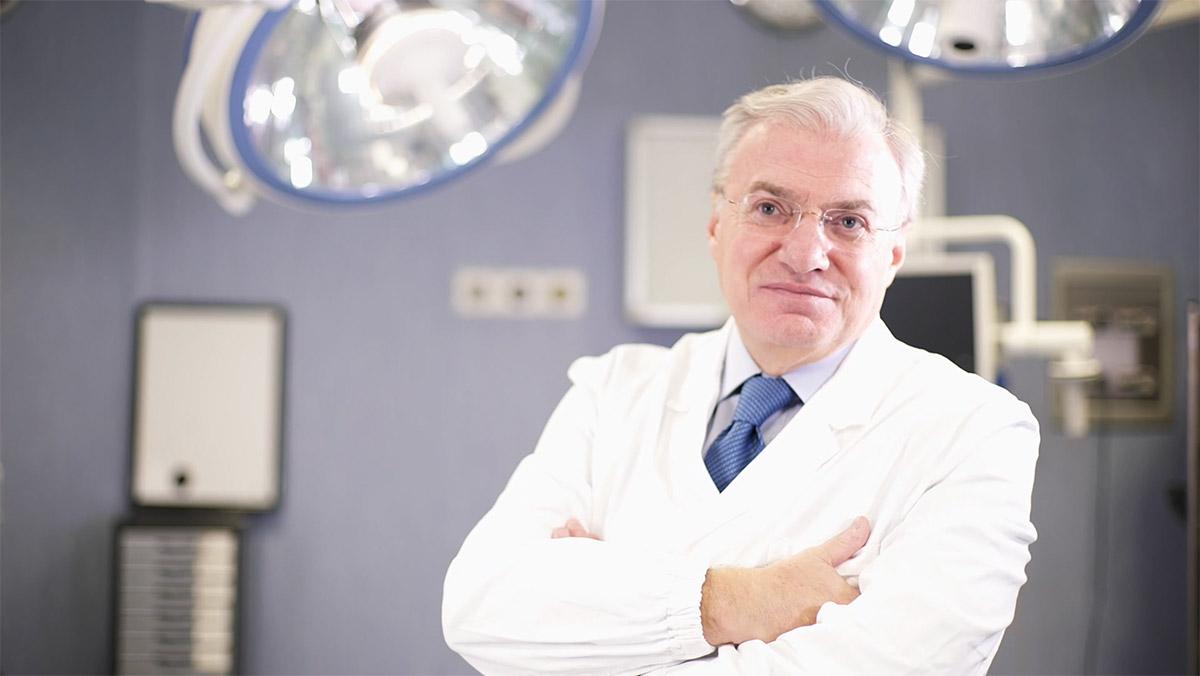 Dottore dei capelli: specialista del cuoio capelluto